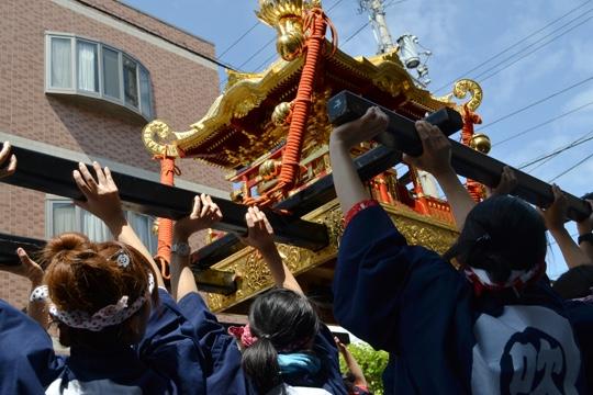 例大祭の御神輿